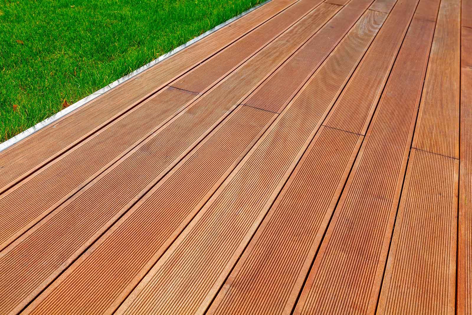 Produit Nettoyage Dalle Terrasse nettoyage de terrasse en bois ou en dalle, autour et à rungis